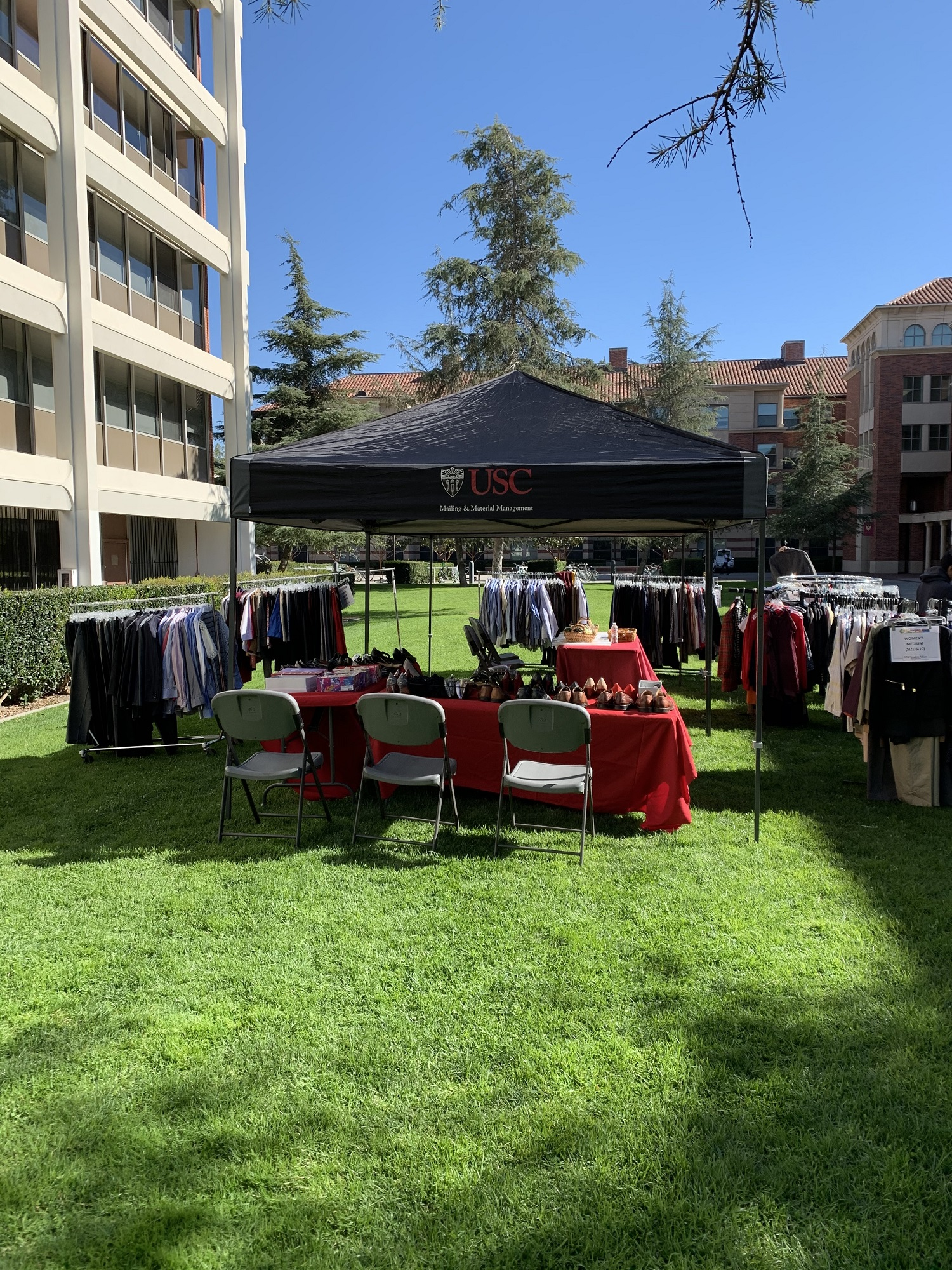 clothing pop up